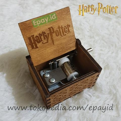 Kotak Musik Harry Potter Hedwig Theme Music Box Handcrank Kado Hadiah