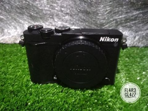 Nikon 1 J5 WIFI Body Only Fullset Super Mulusss