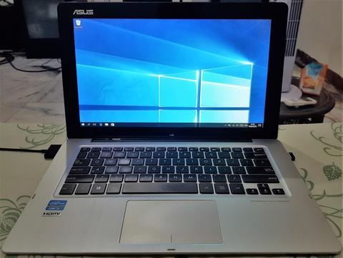 Asus Transformer Book TX300CA, Core i5/4 GB DDR3/SSD 128 GB
