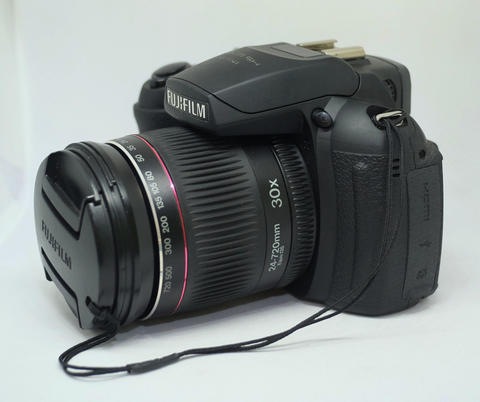 Fujifilm Prosumer Finepix HS20EXR Muluss & Normal
