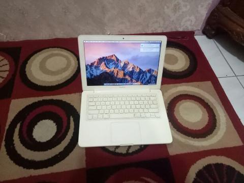 Macbook Unibody 13 Late 2009 Nvidia 9400M For Design N Graphic