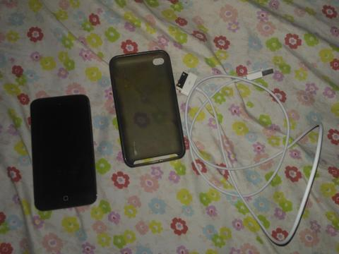 IPOD GEN 4 32GB