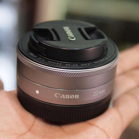 Canon EF-M 22mm f/2 STM - MINT CONDITION | 0860