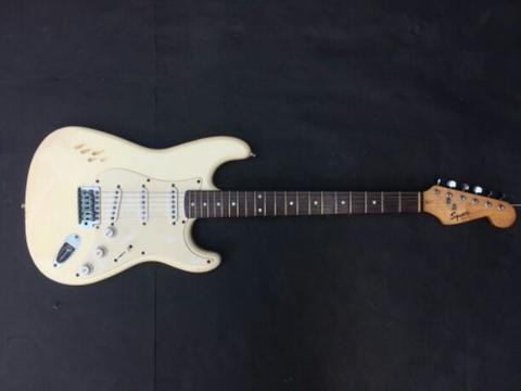squier stratocaster bullet series MIC