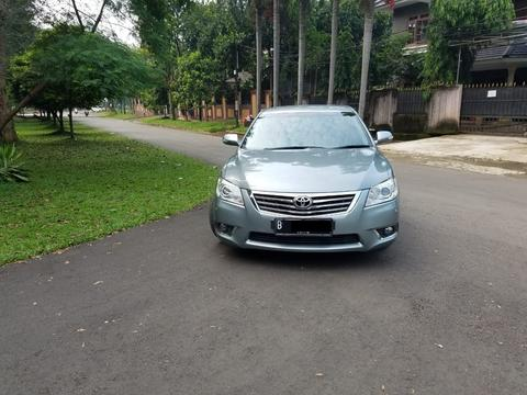 Toyota Camry 2.4 V Th 2010 Silver Kondisi sangat bagus