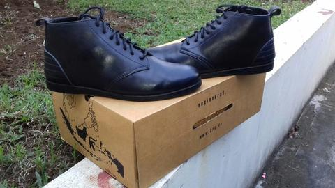 Brodo Terra Full Black Size 39
