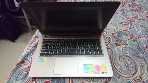 LAPTOP GAMING ASUS A456U CORE I7 7500 VGA NVIDIA 940MX WXGA LED 14 INCH