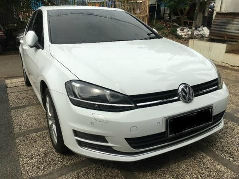 VW Golf TSI mk7 Low KM Original Volkswagen