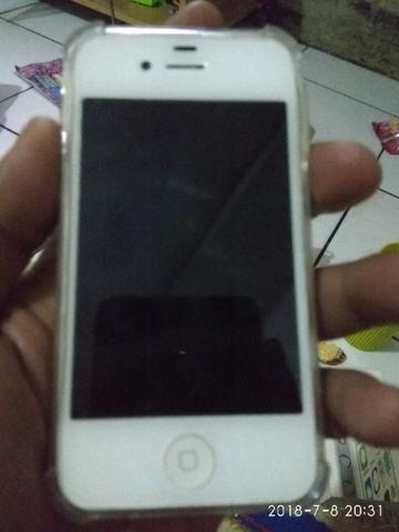 Iphone 4s 8Gb White Fullset Mulus Segel