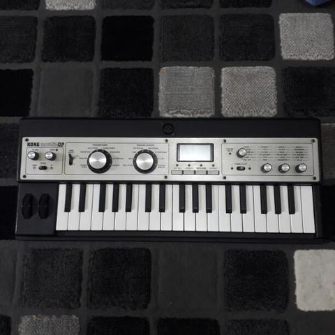 Synthesizer Micro korg XL
