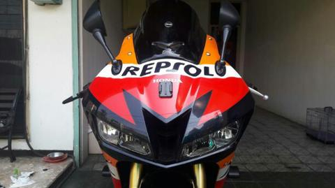 Honda CBR 600RR Repsol Edition 2013 ABS With R9 Full System (not zx636, r6, ducati)