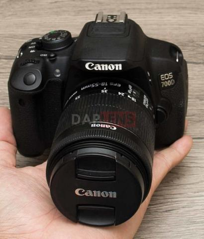 [DAPLENS] Canon EOS 700D kit 18-55mm IS STM Fullset mulus