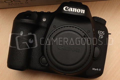 [ CAMERA GOODS ] FS Canon EOS 7D Mark Il Body Only - Like New Condition Full Set