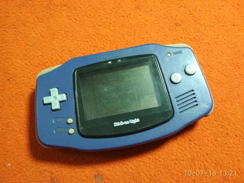Gameboy Advance Classic & GBA Card 138 in 1