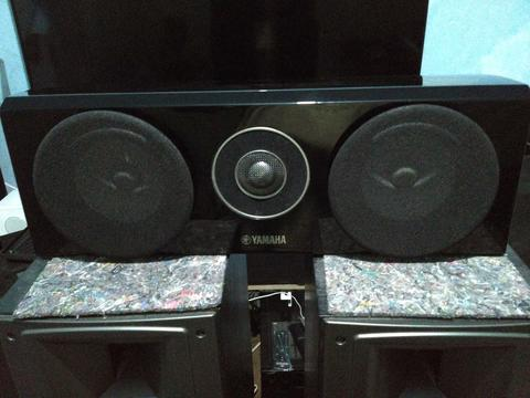 Speaker Center Yamaha NS-C700