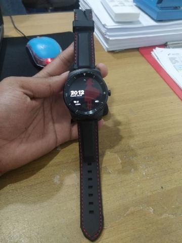 LG G Watch R W110 Android Wear 2.0 Rare Balikpapan