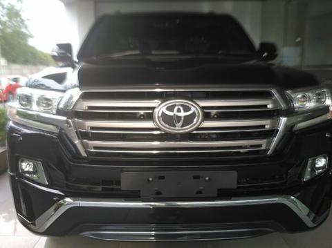 Ready Stock New Land Cruiser 200 Full Spec A/T Diesel ATPM ASTRA cash/credit Buktikan