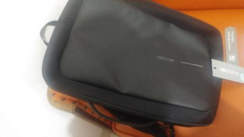 Tas ORI Laptop Bobby Bizz Anti Theft Backpack 2nd like NEW Black