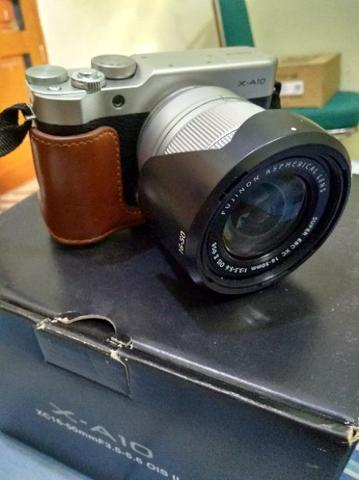 FUJIFILM XA-10 SECOND LIKE NEW