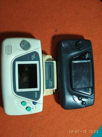Vintage Console Sega Game Gear ( For sparepart or display only )