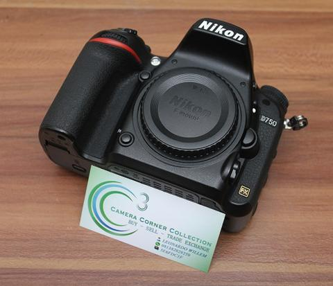 NIKON D750 BODY ONLY - MINT CONDITION MULUS - SC 51 RIBU