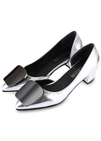 Stylish Square Buckle Embellishment Side Empty Ladies Thick Heel Shoes