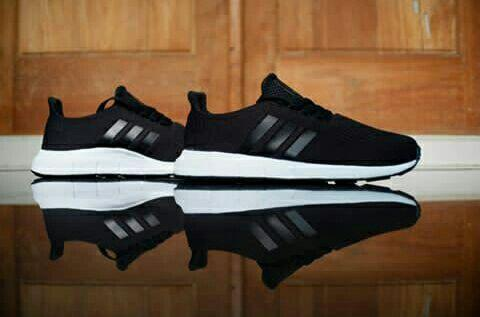 adidas swift run black white