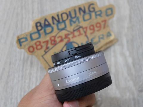 Jual LENSA CANON EF-M 22MM SILVER F2.8 is stm - BANDUNG