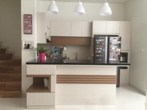 Kitchen set & Meja Bar