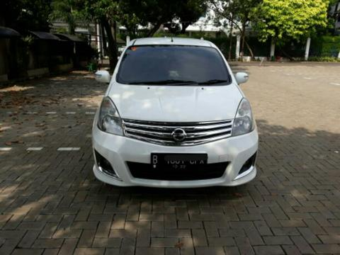 dijual nissan grand livina ultimate 2012