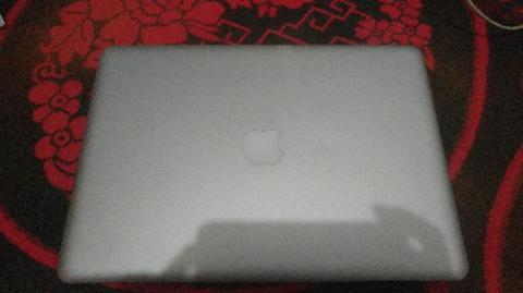 Macbook Pro MD101 Ram 8GB mulus 99% cycle count rendah