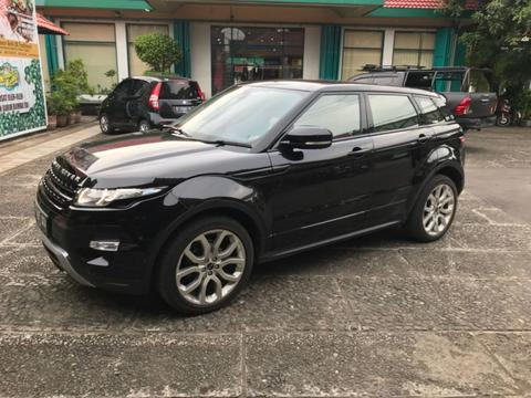 RANGE ROVER EVOQUE BLACK ON BLACK 2012