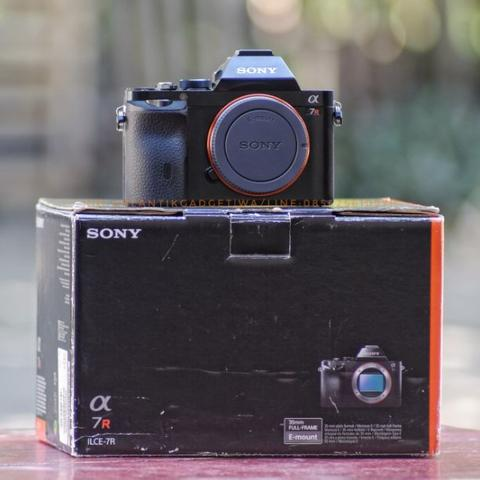 Sony A7R 36MP - Fullframe - Body Only Mint Segerrr