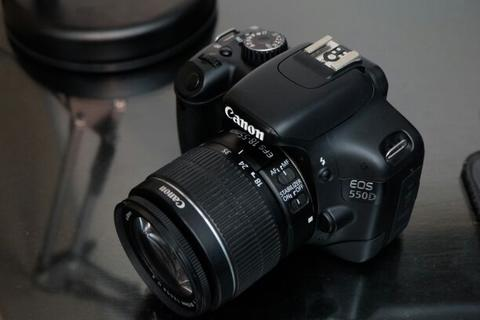 Canon 550D kit 18-55IS