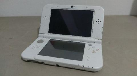 [WTS] New Nintendo 3DS XL - Pearl White (64GB)
