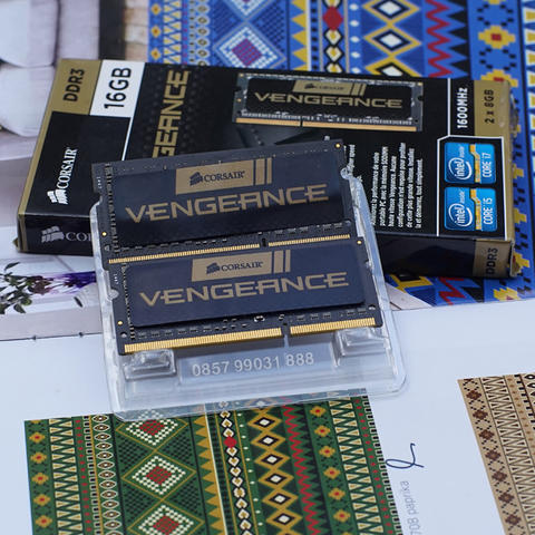 Corsair Vengeance SODIMM DDR3 16GB ( 2 x 8GB ) PC12800 CMSX16GX3M2A1600C10