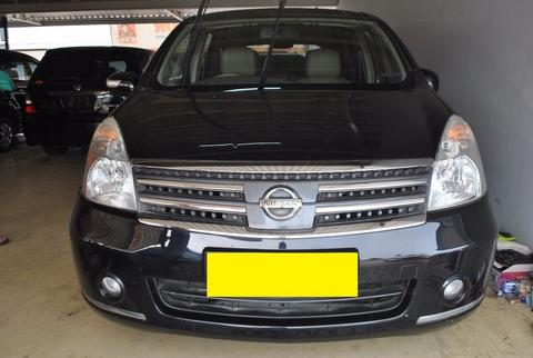 Nissan Grand Livina 1.5 Ultimate AT 2010 Black,Kemewahan Dalam Jangkauan