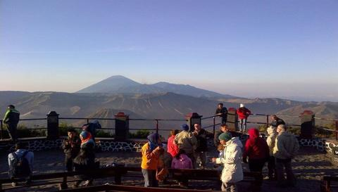 BROMO SUNRISE TOUR PACKAGE.