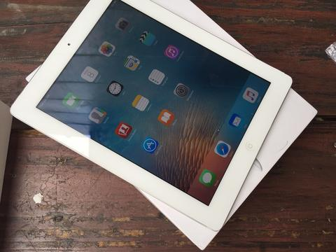 ipad 2 32gb 3G celluler & wifi white