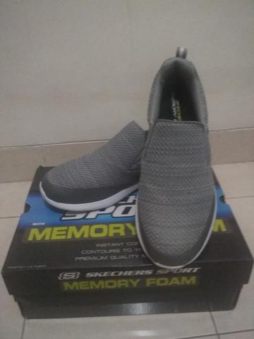 SKECHERS KULOW w/ MEMORY FOAM