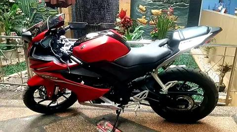 Over kredit R15 like new merah