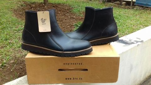 "BRODO ''""Scudo Full Black''"" Size 42"