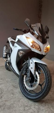 Jual Santai! Ninja 250 FI White th.2014 bln 7