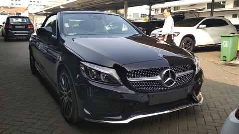 READY STOCK ONE & ONLY Brand New Mercedes-Benz C300 Cabriolet 2018 (RARE)