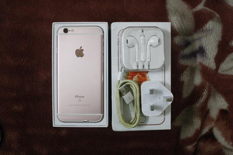 Iphone 6s 16 GB Rosegold second (sangat mulus)
