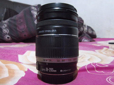 Lensa sapu jagad Canon 18-200MM 18-200 mm IS Bukan 18-135 IS STM