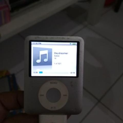 Ipod Nano 3rd gen 4GB