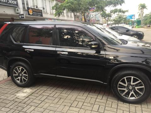 Nissan Xtrail AT 2013 BLACK URBAN