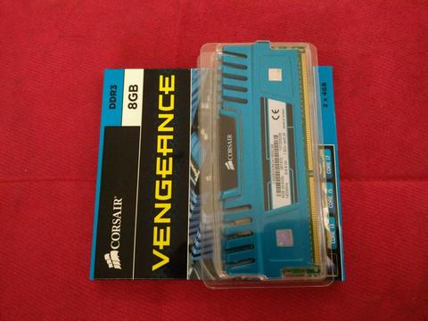 Memory RAM Corsair Vengeance 8 Gb ( 4 Gb x 2 Kit ) 1600 Mhz DDR 3