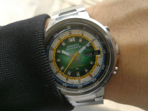 Original 70s Seiko 7015-7020 Green Hulk 3D Racing Dial JDM automatic chrono Flyback